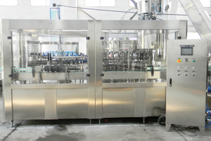Glass Bottle Carbonated Drink Filling Machine